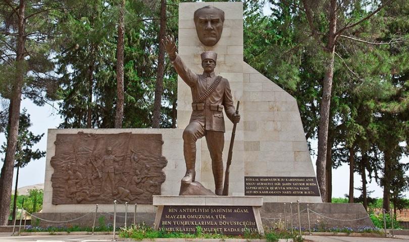 Vali Davut Gül Şahin Bey'in Şehit Oluşunun 100. Yıldönümü'nü Andı